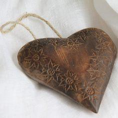 Coeur de bienvenue bois brul sculpt rosace id es cadeaux bois brul et bois - Rosace en bois sculpte ...