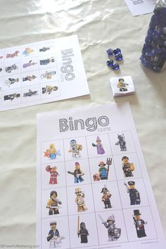 Do your kids love LEGO games? Check out this LEGO game in the form of BINGO! Your kids will want to play over and over again. Lego Math, Lego Craft, Lego Minecraft, Lego Duplo, Minecraft Buildings, Lego Activities, Lego Games, Lego Toys, Birthday Activities