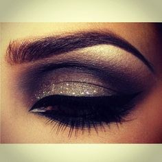wow, Brown Eyed Girl! I love the glitter look but hate how messy it is