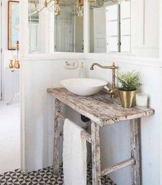 Bath Room Wood Table Furniture New Ideas – Diy Bathroom Remodel İdeas Diy Bathroom Vanity, Diy Vanity, Diy Bathroom Remodel, Wood Bathroom, Vanity Sink, Bathroom Interior, Small Bathroom Table, Vintage Bathrooms, Rustic Bathrooms
