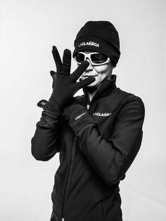 Our winter gloves protect your hands while you're out and about. Find out more here on laclassica.com - I guanti invernali LaClassica proteggono i vostri gesti quotidiani mentre pedalate. Scopri di più qui su laclassica.com