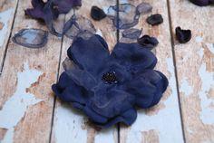 Blue daisy hair clip Navy blue flower hair pin Large by OdPaAm