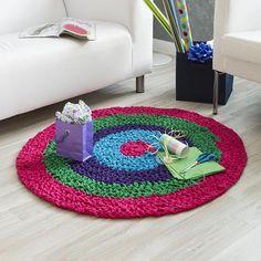 Singulari-Tee Rug - Free Crochet Pattern - (premieryarns)
