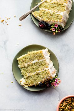 Pistachio cake from scratch with real pistachio and almond extract flavors! Nothing fake or artificial in this beautiful 3 layer pistachio ca… Sweet Recipes, Cake Recipes, Dessert Recipes, Fudge Recipes, Pizza Recipes, Bread Recipes, Pistachio Dessert, Vegan Pistachio Cake, Pistachio Pudding