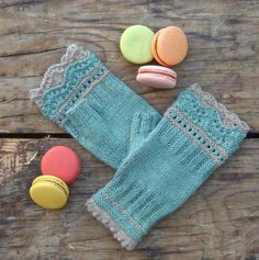 Brooklyn Mitts by Pam Powers Knit Mittens Kit - None