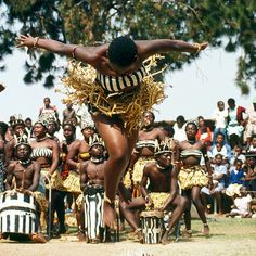 Experience your femininity through the dances of Guinea, West Africa as you…