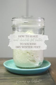 Dry, rough feet got you down in the winter? Learn how to make a lovely mint chocolate foot butter to nourish and soften those rough feet! You& be so glad you did! Dry Feet Treatment, Organic Skin Care, Natural Skin Care, Natural Beauty, Dry Skin Remedies, Diy Lotion, Foot Cream, Homemade Beauty Products, Diy Skin Care