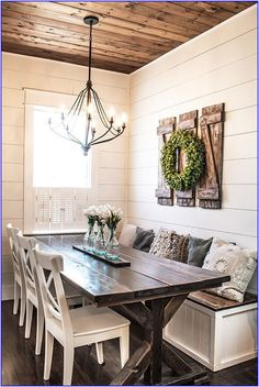 DIY home decor project that is perfect for a beginner woodworker. These farmhouse style decorative shutters only require a few simple materials and come together quickly. # DIY Home Decor farmhouse style How to Build Simple and Inexpensive Rustic Shutters Rustic Shutters, Farmhouse Shutters, Farmhouse Bench, Farmhouse Front, Decoration Bedroom, Home Decoration, Decor Room, Decoration Design, Fall Home Decor