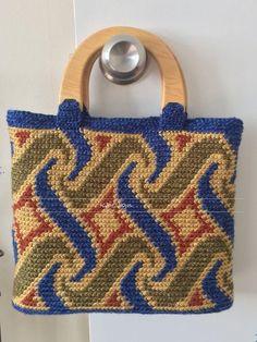 Crochet Purses Design tapestry crochet bag pattern free manet for Crochet Handbags, Crochet Purses, Mochila Crochet, Tapestry Crochet Patterns, Yarn Bag, Crochet Shell Stitch, Bag Pattern Free, Tapestry Bag, Purse Patterns