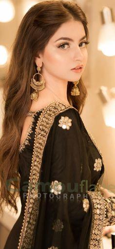 Pakistani Fashion Party Wear, Pakistani Wedding Outfits, Pakistani Dresses Casual, Pakistani Dress Design, Bridal Outfits, Indian Wedding Bride, Stylish Dresses For Girls, Wedding Dresses For Girls, Party Wear Dresses