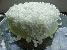 Jasmine theme Wedding Cake, Cafe Degan, Bali