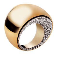 Anillo con Diamantes by Vhernier.-