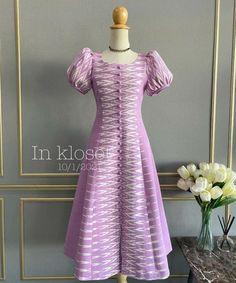 Modest Long Dresses, Simple Dresses, Short Sleeve Dresses, Simple Kurti Designs, Thai Dress, Batik Dress, Traditional Fashion, Western Dresses, Mom Style