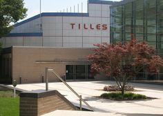 See a show at the Tilles Center on campus at Long Island University - Post. For more information visit http://tillescenter.org/ #TillesCenter #LIUPost #campusconnect