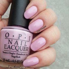 SiljesNaglar pastel pink, OPI - Panda-monium pink Swatch