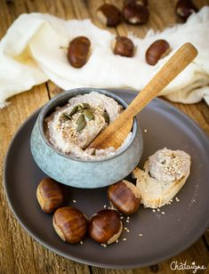 Houmous aux châtaignes Hummus with chestnuts Baby Food Recipes, Sweet Recipes, Vegan Recipes, Cooking Recipes, Soup Recipes, Dessert Recipes, Hummus, Food Porn, Christmas Dishes