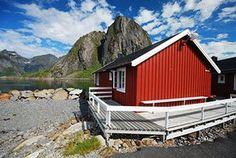 Scandinavian cabins: Rorbuer Huts,  Lofoten, Norway
