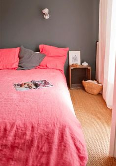 Bright Pink Linen Sheets from Merci, Remodelista