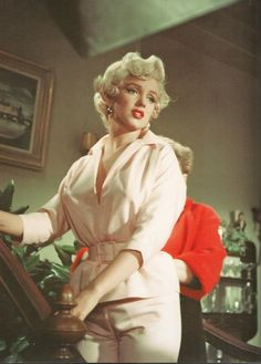 Marilyn photographed on the set of The Seven Year Itch, 1955