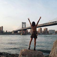 NYC's Brooklyn Bridge - The Top Instagrammed Design Destinations In The U.S. - Photos