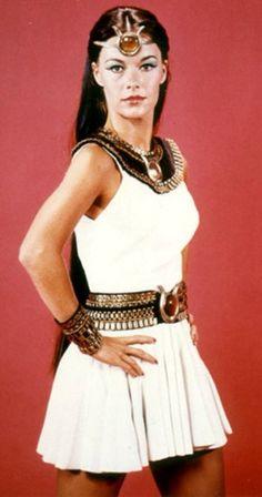 Joanna Cameron 1975