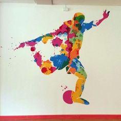 Die Geschichte dazu >> http://www.malerische-wohnideen.de/blog/wiesbaden-engagiert-2016-wandmalerei-florian-geyer-ihk.html