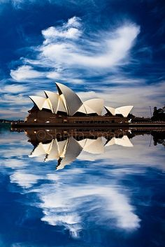 Amazing View of Sydney Opera House, Australia.