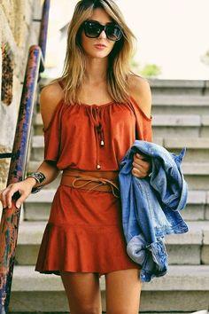 Summer outfits orange dress denim jacket looks street style, orange dress. Mode Outfits, Stylish Outfits, Denim Jacket With Dress, Boho Fashion, Fashion Outfits, Look Boho, Looks Street Style, Outfit Trends, Outfit 2017