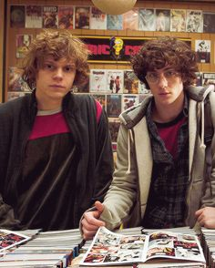 evan peters and aaron taylor-johnson... The two quicksilvers of x men and avengers 2!