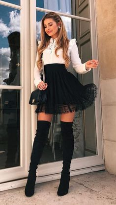 Cómo lucir tu Outfit con Falda Negra para no verte Aburrida - Schöne frauen - Best Of Women Outfits Girly Outfits, Mode Outfits, Grunge Outfits, Classy Outfits, Skirt Outfits, Fall Outfits, Casual Outfits, Fashion Outfits, Womens Fashion