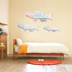マンションのお部屋やベランダにも飾れる!現代のライフスタイルにもマッチする、ポップでコンパクトなこいのぼり。名入れこいのぼり プーカ【徳永こいのぼり】のcuna selectの商品詳細ページです。