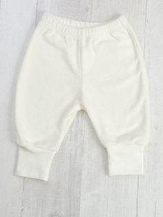 Арт. М050401M  Размеры - 62, 68, 74, 80, 86 Цена 330р.  Штанишки на манжете с отворотом с декоративной отстрочкой. Швы внутренние. Комплект с кофточкой будет идеален в качестве пижамы и одежды для дома и прогулки. Махра хлопок 95%