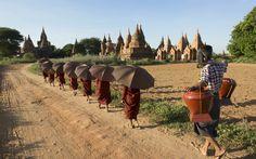 20 world class walks | Photo Gallery | Rough Guides BAGAN WALK, MYANMAR (BURMA)