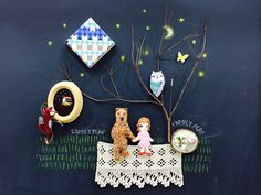 Handmade felt crafts, canvas painting, embroidery on chalk board. By loonabilly http://familyplay.co.kr