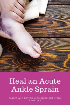 An acute ankle sprain can be a real nightmare. In addition to the treatment your doctor recommends, use these complementary remedies for a faster and better recovery. Ankle Sprain Recovery, Ankle Pain, Essential Oil For Swelling, Best Essential Oils, Foot Remedies, Herbal Remedies, Natural Remedies, Treating A Sprained Ankle