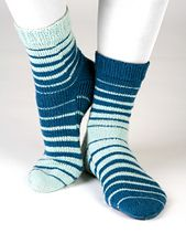 Venetian Blinds by Ursa Major Knits offers a fun twist on stripey socks. Love that they're opposites! Wool Socks, Knitting Socks, Venetian Blinds Design, Ursa Major, Designer Socks, Blinds For Windows, Leg Warmers, Ravelry, Knitting Patterns