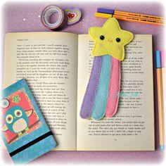 Hello Felt: Tutorial: Make a Wish Bookmark Felt Crafts Diy, Felt Diy, Easy Diy Crafts, Sewing Crafts, Sewing Projects, Diy Marque Page, Felt Doll Patterns, Felt Keychain, Felt Bookmark