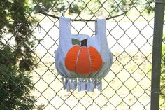 This T-Shirt Trick-or-Treat Bag will have everyone asking where you bought it. The best part about it is that it's a no-sew project! Just cut, tie, and off you pop! Funny Kid Halloween Costumes, Easy Homemade Halloween Costumes, Halloween Crafts For Kids, Crafts For Teens, Crafts To Make, Pipe Cleaner Crafts, Trick Or Treat Bags, Easter Activities, Foam Crafts