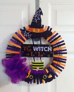 Halloween clothespin wreath