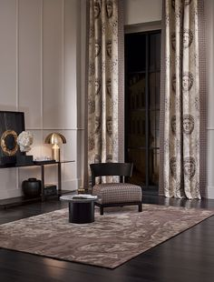 SAHCO 2016 Collection - The luxurious material composition woven on a fine silk warp makes QUIRINO look uniquely elegant. The viscose, linen and cotton weft yarns give the weave a pleasant feel and create widely varying structures that contrast with the silk satin. Ornamental tendrils enclose the likeness of Michelangelo's David.