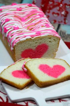 Easy Valentine's Day Dessert - Vanilla Strawberry Heart Cake - A Helicopter Mom Dump Cake Recipes, Homemade Cake Recipes, Dessert Recipes, Easter Recipes, Valentines Day Desserts, Valentine Cake, Mini Cakes, Cupcake Cakes, Icing Ingredients