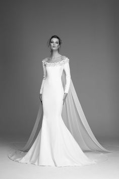 Wedding Gown Guide: Mermaid Rigid Construction – The FashionBrides Trumpet Dress, Gowns With Sleeves, Flare Dress, Fit And Flare, Marie, Wedding Gowns, Mermaid, Skirts, Clothes