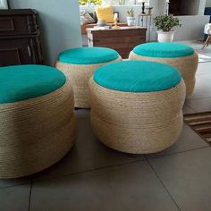 Tire Furniture, Diy Furniture Decor, Diy Furniture Plans, Recycled Furniture, Diy Crafts For Home Decor, Handmade Home Decor, Diy Para A Casa, Hot Wheels Storage, Coffee Table Cover