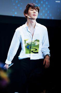 Las etiquetas más populares para esta imagen incluyen: winner, kpop, yg, seunghoon y lee seunghoon