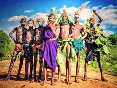 ヨシダナギ【今夜くらべてみました】年齢経歴、美人写真家、裸の理由、スリ族写真やアフリカの現状 | メディア日々の最速情報