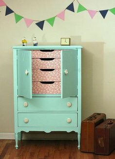 Hey, I found this really awesome Etsy listing at https://www.etsy.com/listing/156901557/mint-dresser-hold-for-melanie