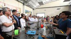 En la Feria Innopolis en la Universidad Yachay se presentaron las impresoras 3D, que fueron ensambladas en el país.  Foto: José Mafla/ El Comercio - Fab lab Connect