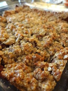 Scrumpdillyicious: Mom's Apple Crisp with Crunchy Oat Topping