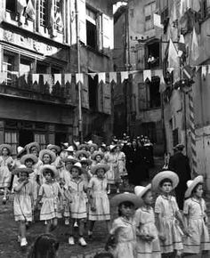 15 août au Puy | 1950 |¤ Robert Doisneau | 15 août 2015 |  Atelier Robert Doisneau | Site officiel
