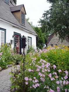 Neuville Destinations, Charming House, Canada, Genealogy, Photo Galleries, Houses, Interior Design, Architecture, Gallery